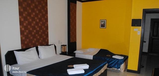Ramaz Hotel 6