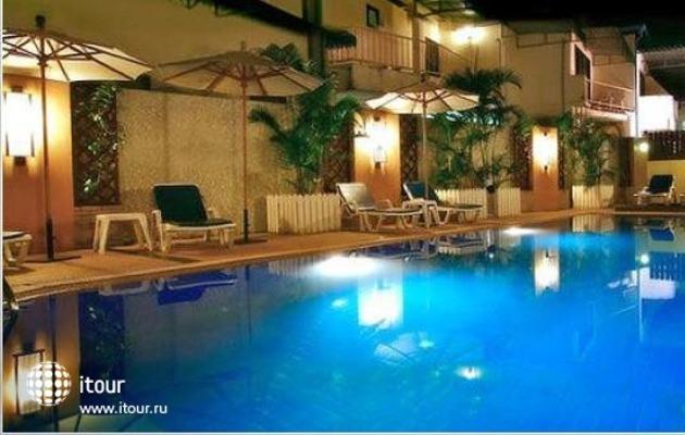 Rattana Beach Hotel 1