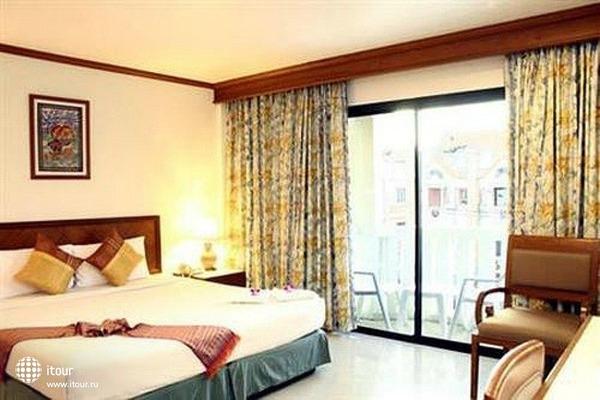 Rattana Beach Hotel 3