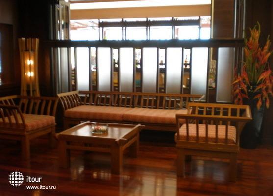 Rattana Beach Hotel 8