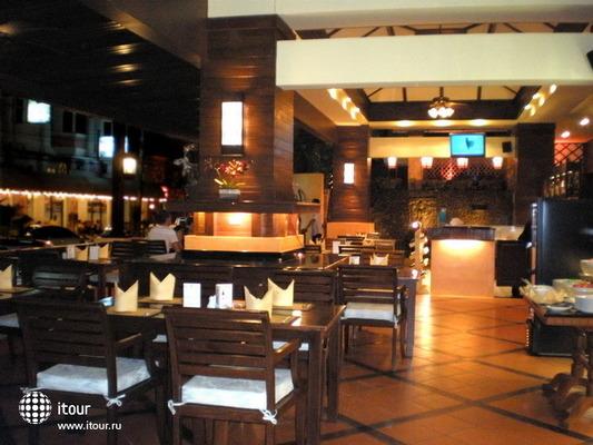 Rattana Beach Hotel 9