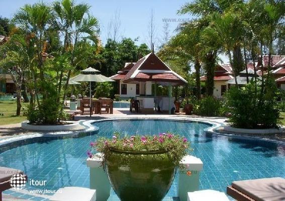 Royal Embassy Resort & Spa 2