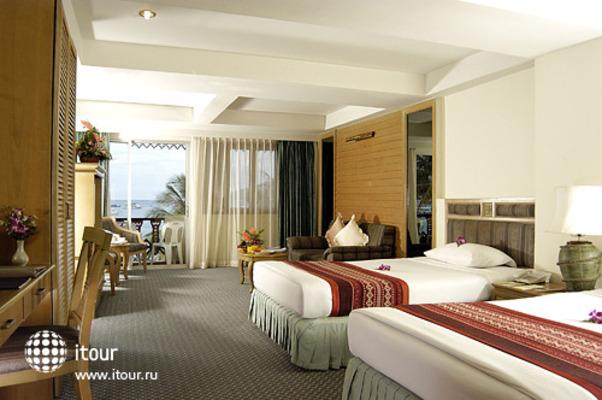 Absolute Beach Resort 3