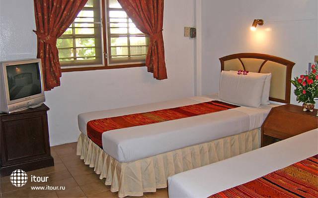 Golden Sand Phuket(  Karon Golden Sand Hotel ) 8