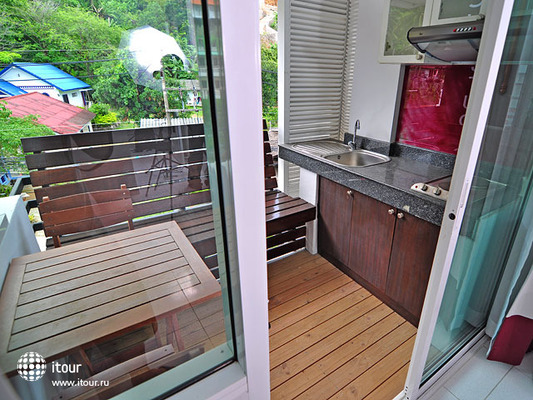 Kata Beach Studio Apartment 6