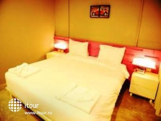 The Oddy Hotel 4