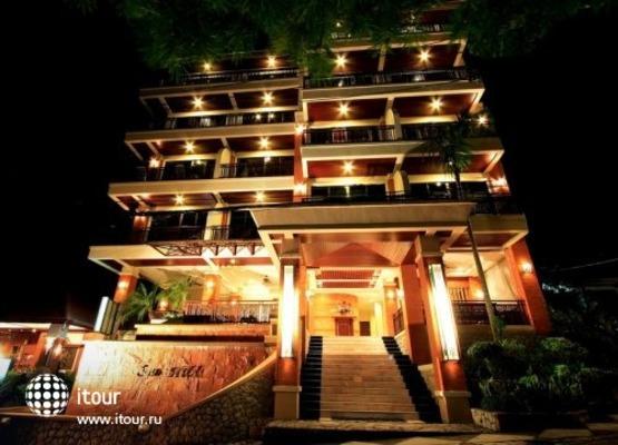 I Dee Hotel 1