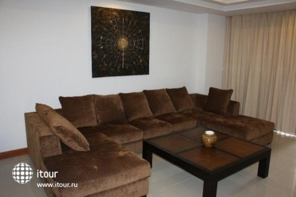 Surin Sabai Condominium 9