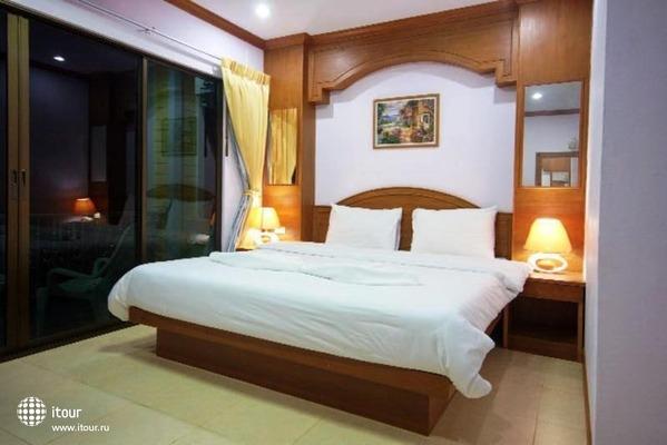 Tropical Inn 2