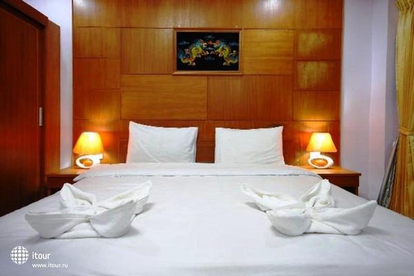 Tropical Inn 5