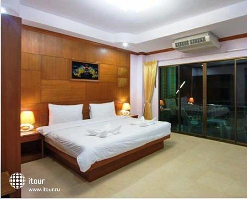 Tropical Inn 10