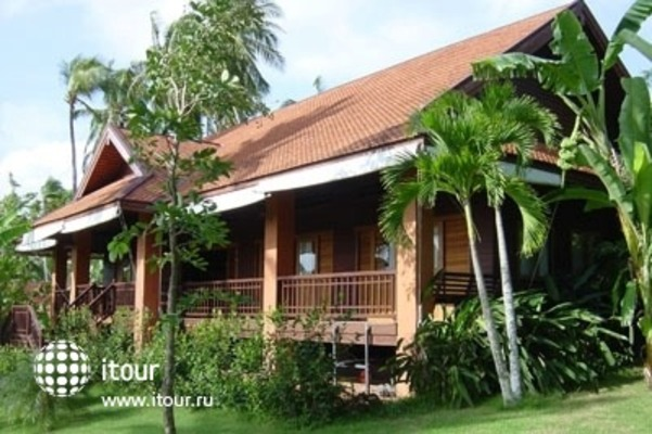 Baan Mai Cottages & Restaurant 1