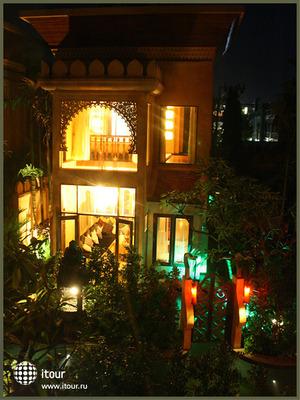 Baray Villa 9