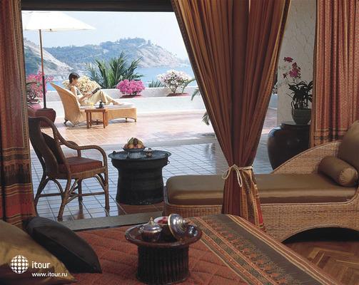 Puravarna Hotel & Resorts 10
