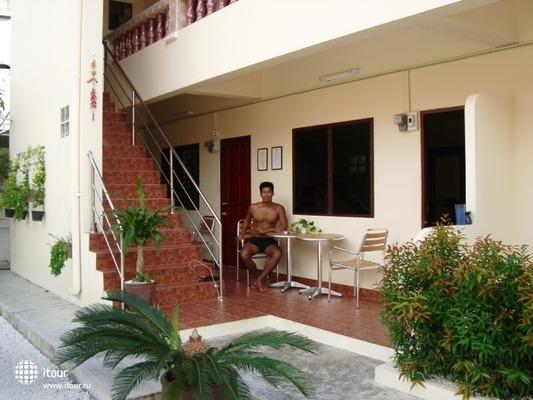 Gay Hostal Puerta Del Sol Phuket 4