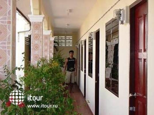 Gay Hostal Puerta Del Sol Phuket 9