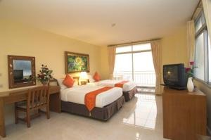 Central Waterfront Suites 4