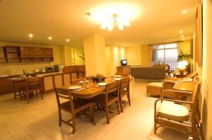 Central Waterfront Suites 5