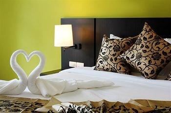 Simplitel Hotel 8