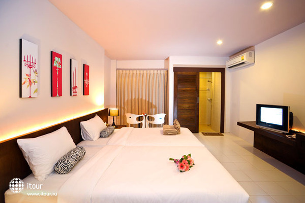 Urban Patong Mini Hotel & More 3