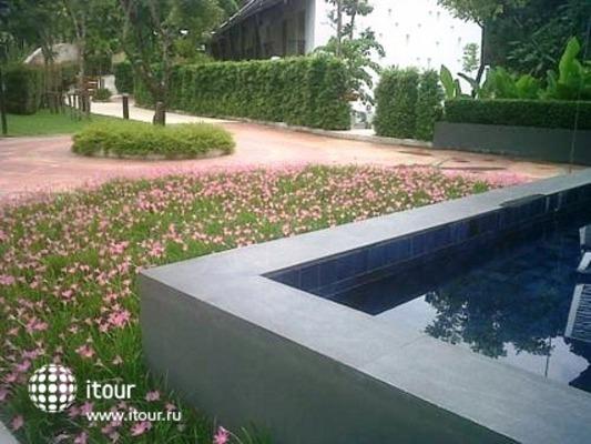 Tinidee Hotel Phuket 10