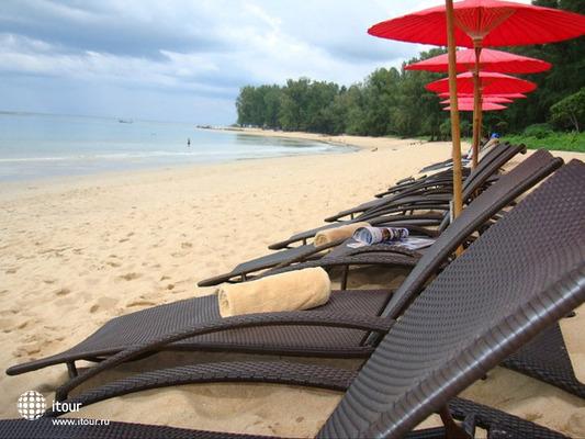 Dewa Karon Beach Phuket 2