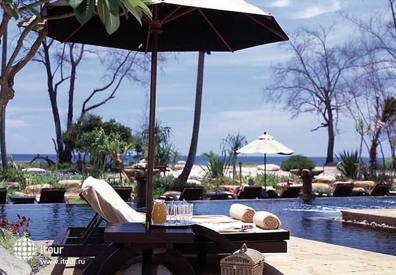 Marriott's Phuket Beach Club 5