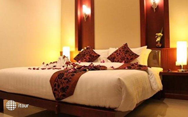 Patong Hemingway's Hotel 5