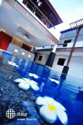 Surintra Boutique Resort 8