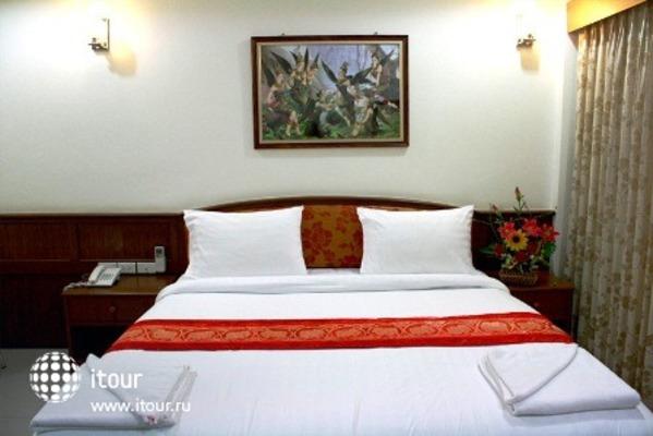 Sabai Inn Patong 7