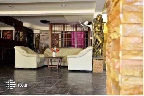 Jaranya Hotel Patong 8