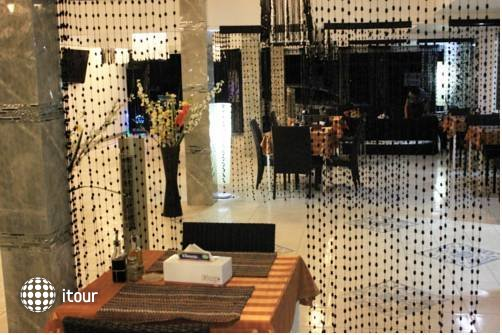 Jaranya Hotel Patong 10