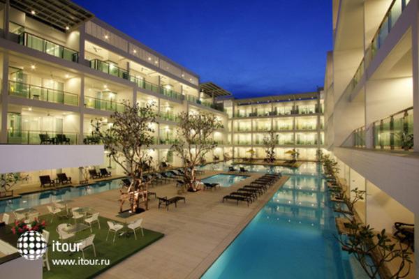 The Old Phuket 4