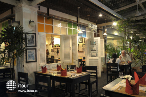 The Old Phuket 8