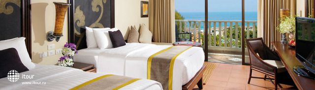 Movenpick Resort & Spa Karon 10