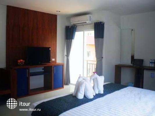 Calypso Patong Hotel 8
