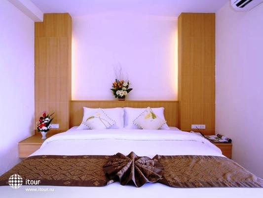 Patong Bay House 8