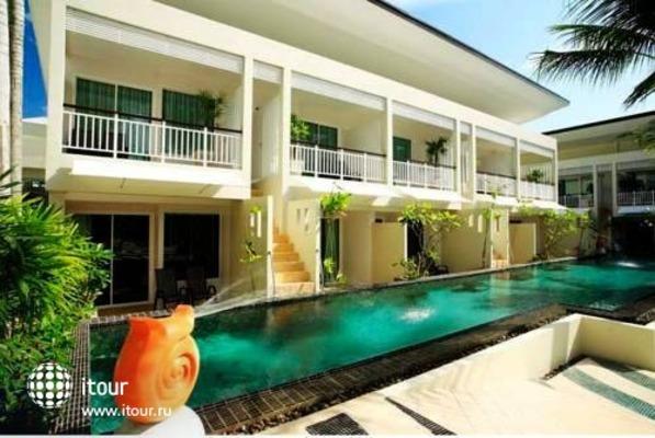 A2 Resort 2
