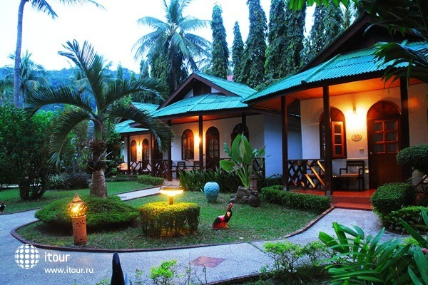 Eden Bungalow Resort 1