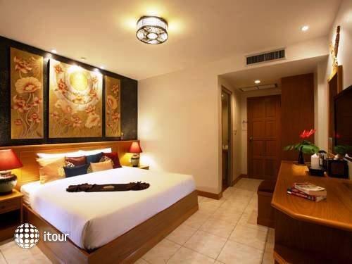 Tanawan Phuket 2