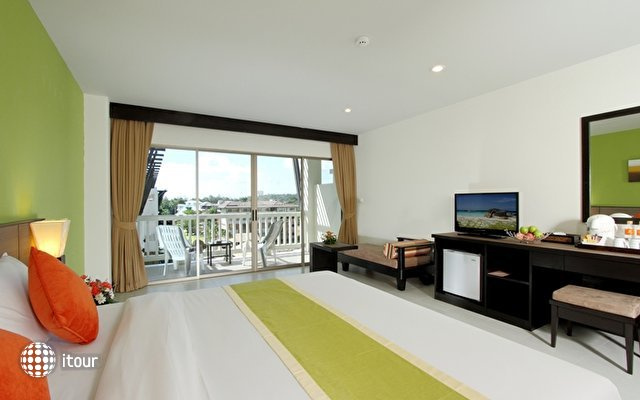 Kata Sea Breeze Resort 7