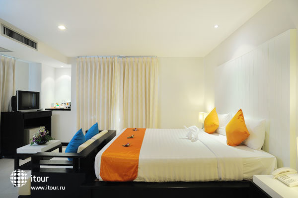 Baramee Resortel Patong Beach 3