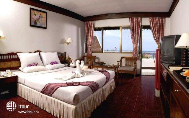 Bw Phuket Ocean Resort 3