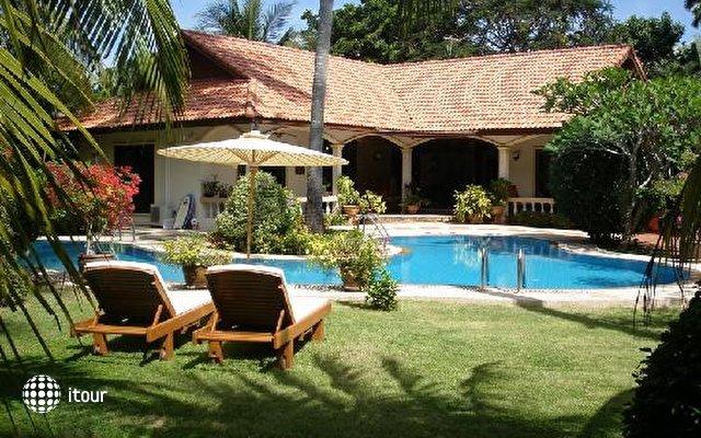 Phuket Coconut Paradise Villas 4