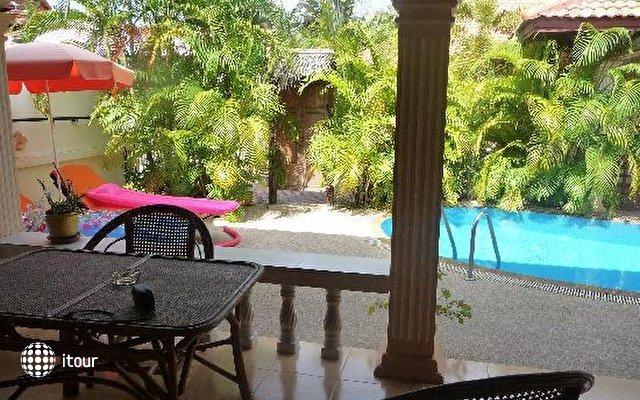 Phuket Coconut Paradise Villas 10