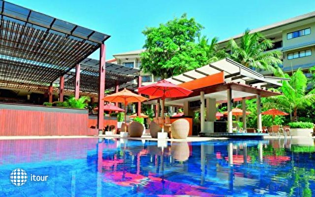 Double Tree Resort By Hilton Phuket - Surin Beach 6