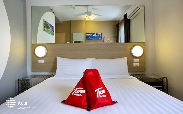 Tune Hotel Patong 5