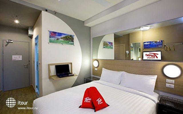 Tune Hotel Patong 7