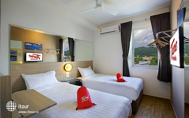 Tune Hotel Patong 8