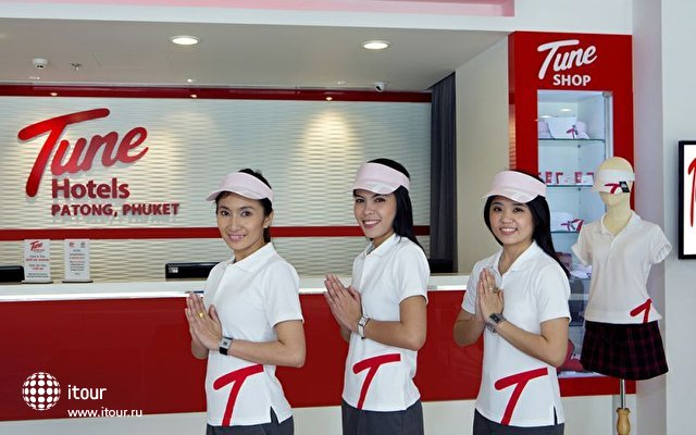 Tune Hotel Patong 9